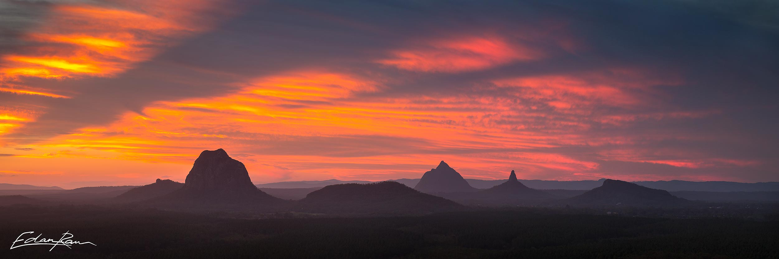 glass house mountains photography